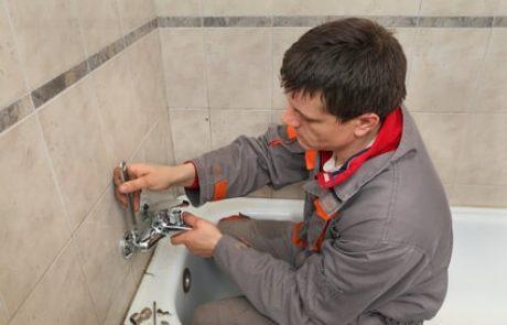 איך לפתוח סתימה במקלחת